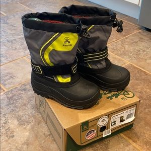 Toddler Kamik snow boots